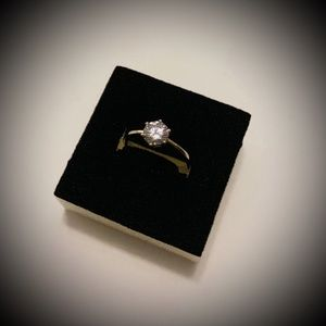 NEW Sterling Silver Cubic Zirconia Round Cut Ring